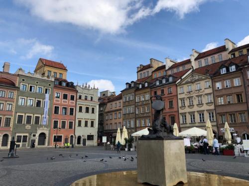 Warsaw 190620 0352
