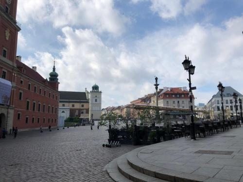 Warsaw 190620 0356